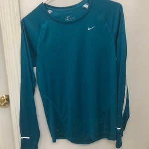 Nike Dri-FIT Contour Long Sleeve Shirt